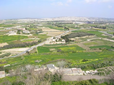 Мальта с крепостной стены Мдины