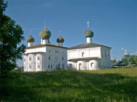 Благовещенская и Николльская церкви.