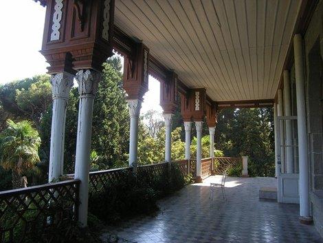 Балкон усадьбы Карасан