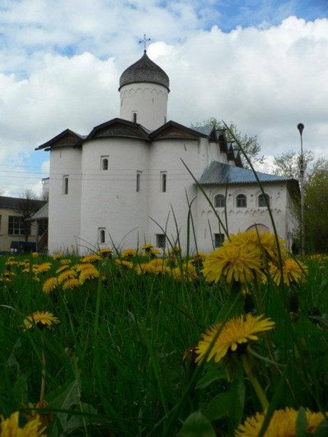 высших церковных фото весны в великом новгороде ней было